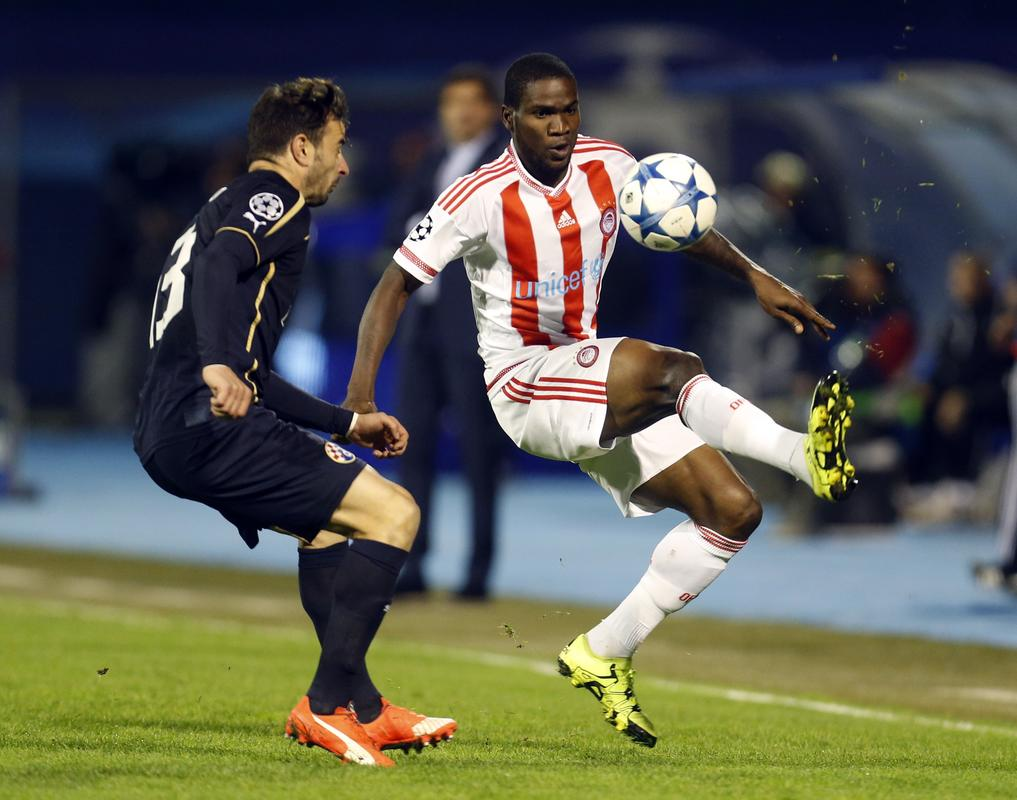 Ideye Stars As Olympiacos Pip Dinamo, Extend Lead Over Arsenal