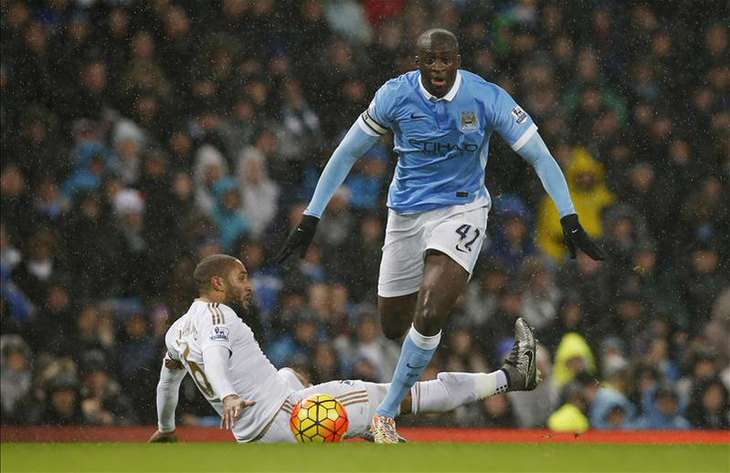 Toure, Iheanacho Combine To Send Man City Top
