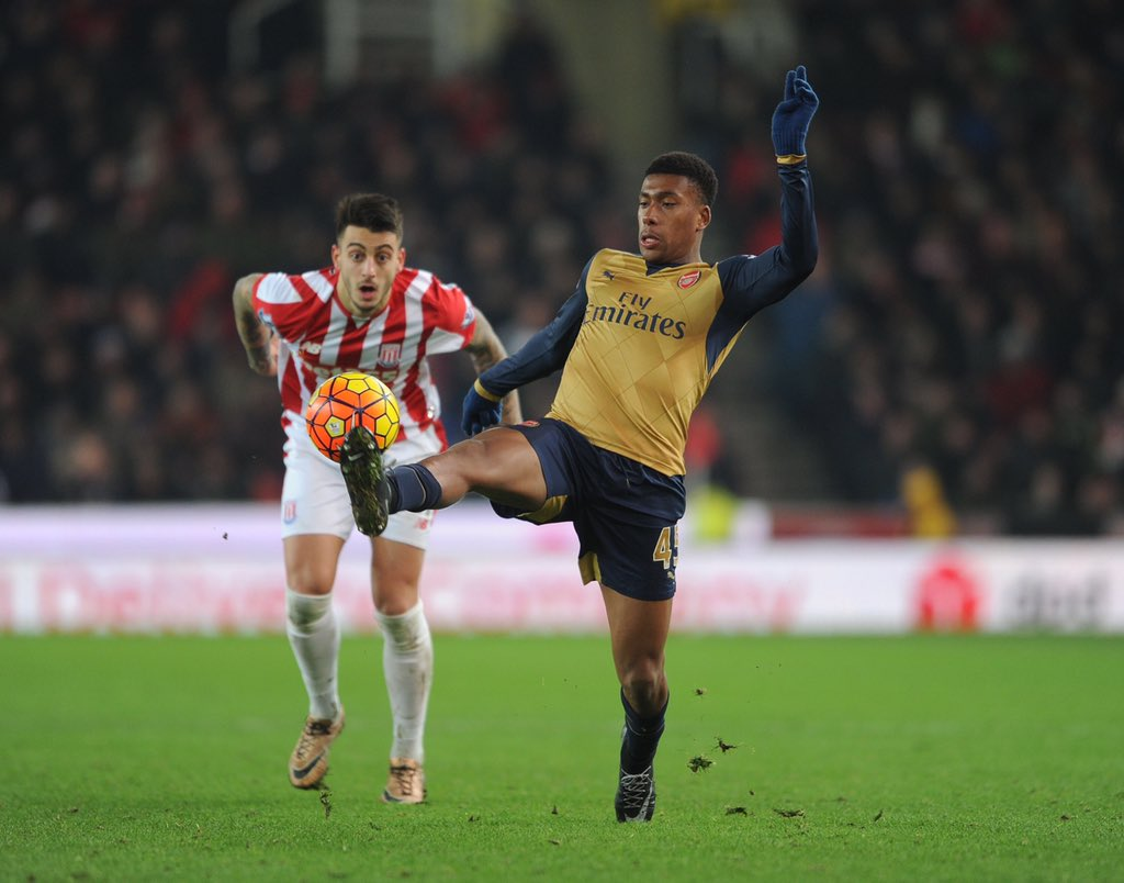 Iwobi On As Sub, Osaze Benched As Arsenal Regain Top Spot