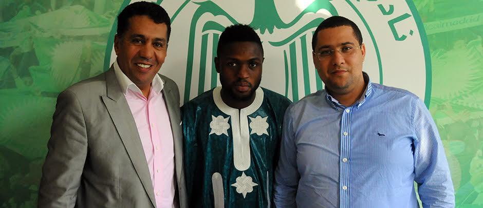 Michael Babatunde Joins Raja Casablanca, Gets No.10 Jersey
