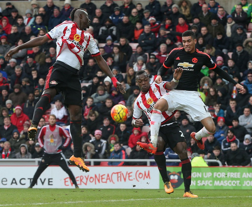 Van Gaal Gives Up On Top 4 After Sunderland Defeat