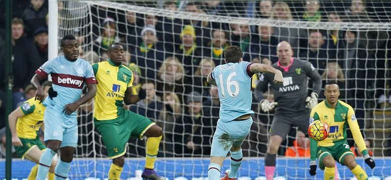 West Ham Fans Attack Emenike Over Missed Chance Vs Norwich