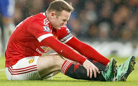 Van Gaal Confirms Rooney Injury, Fears Midtjylland Set Pieces