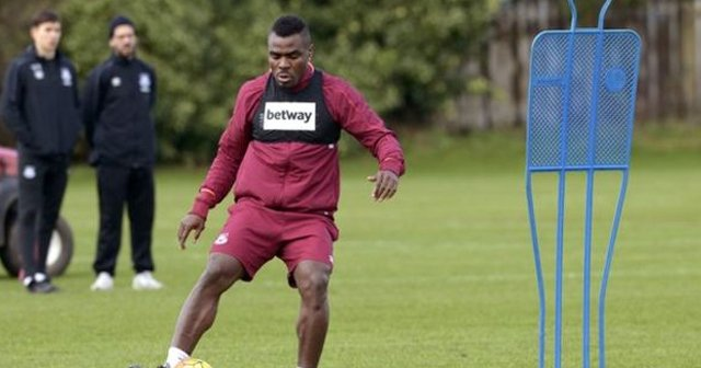 Emenike Set For FA Cup Start For West Ham