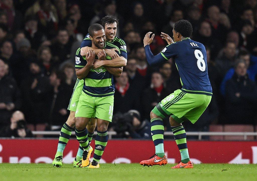 Swansea Shock Arsenal, Dent Gunners' Title Hopes