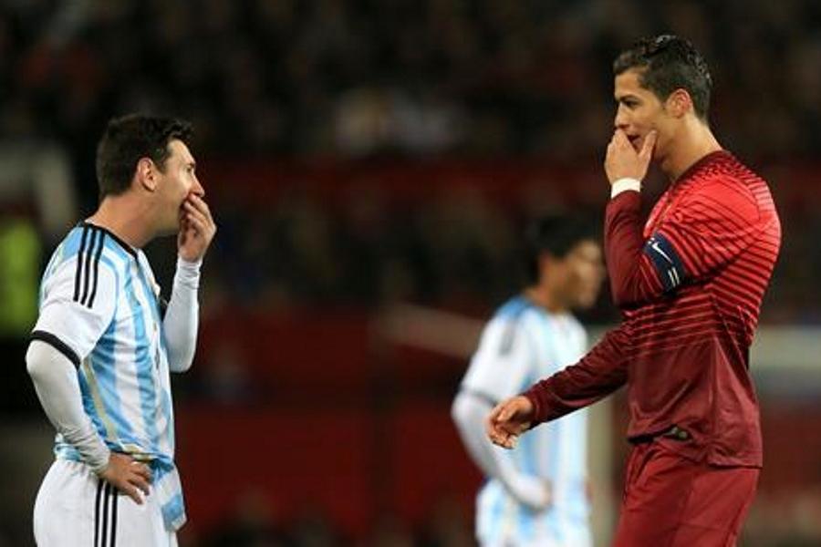 SHOCKER! Nigerian Ronaldo Fan Kills Messi Fan In India!