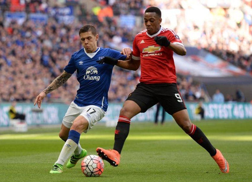 Late Martial Strike Vs Everton Sends United Into FA Cup Final