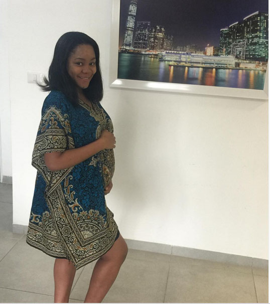 Ogu Shows Off Pregnant Wife, Eyes Israeli Title