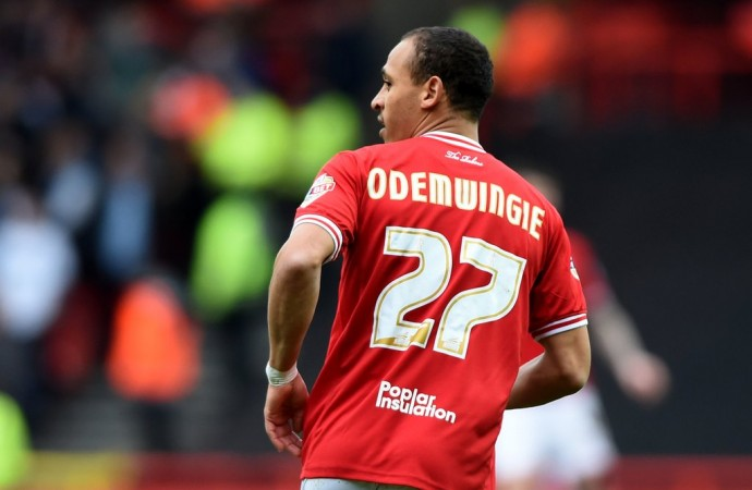 Odemwingie Celebrates Bristol Survival, Sad About Afellay's Injury