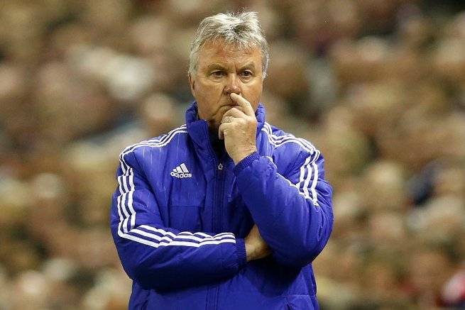 Hiddink To Stay At Chelsea, Work With Drogba