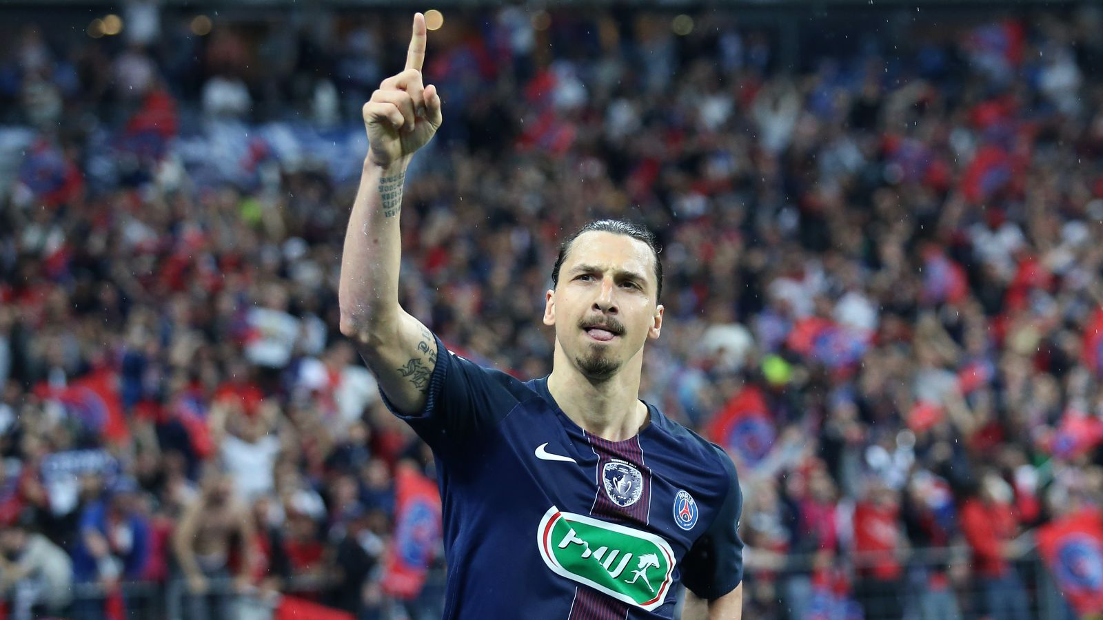 Ibrahimovic Confirms Man United Move