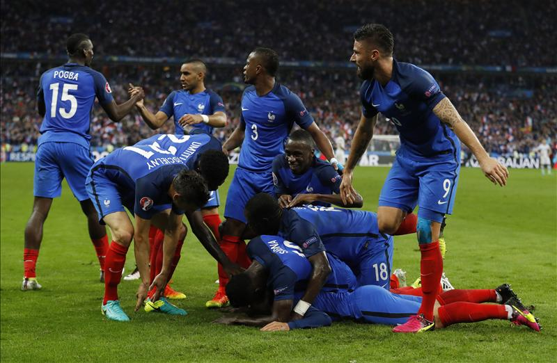 Red-Hot France Melt Iceland, Set Up Germany Semi-Final