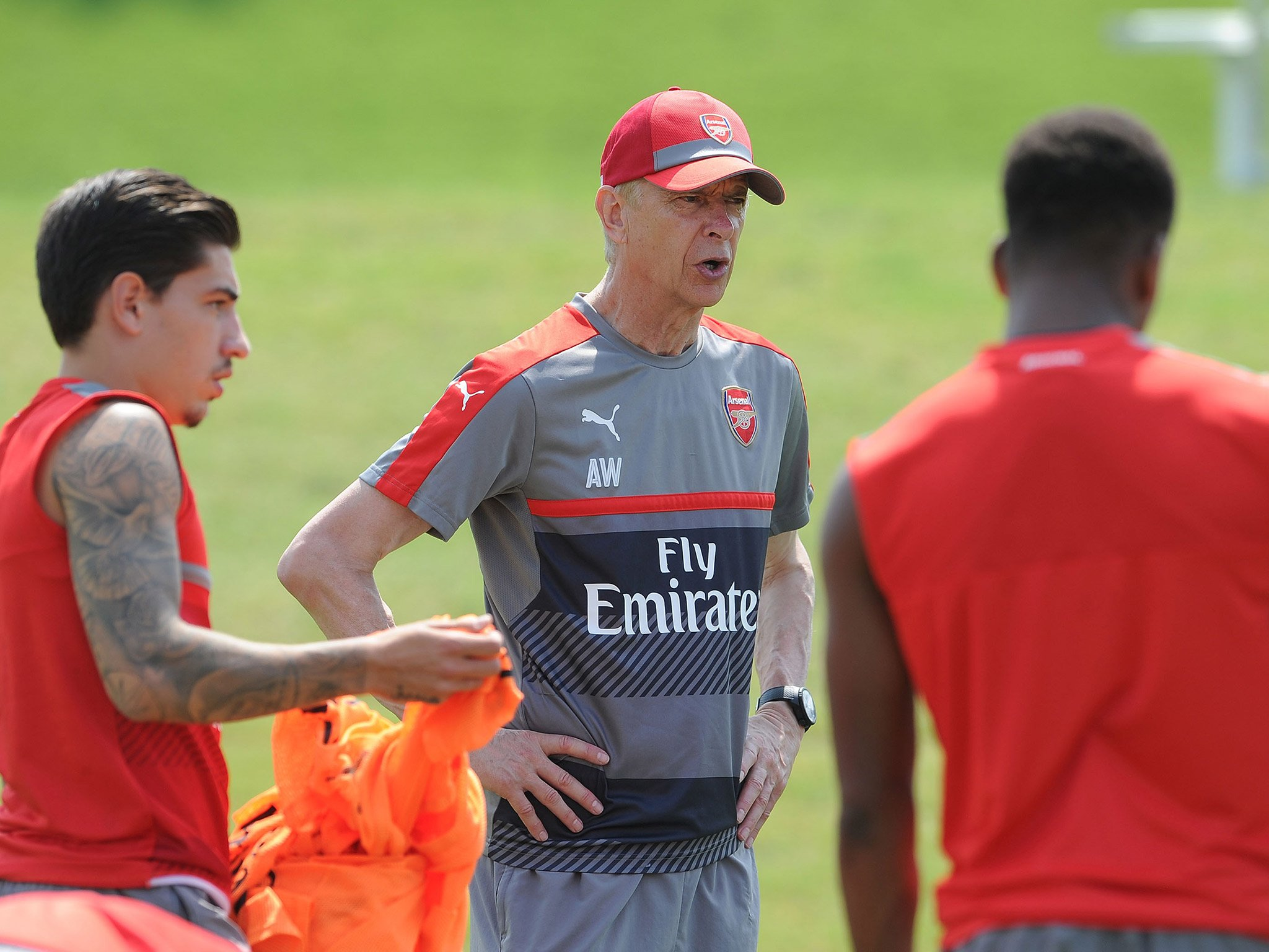 Wenger Relishes Midfield Battle With PSG, Declares Koscielny Fit