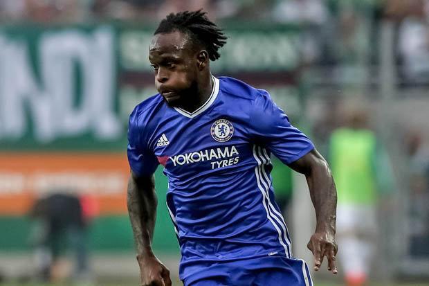 Moses Enjoys Chelsea Wing-Back Role; Praises Pedro, Willian