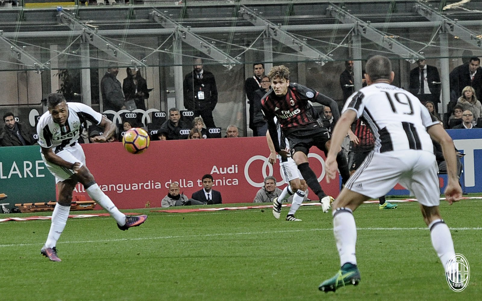 Milan End Juventus Streak With San Siro Defeat