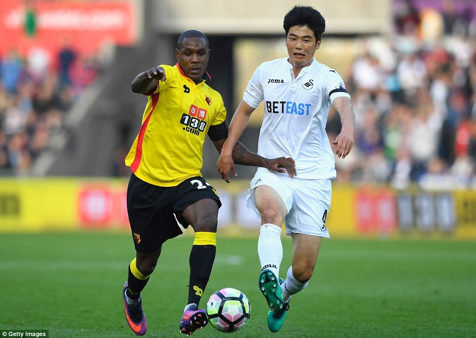 Bradley waiting for 1st win at Swansea after draw vs Watford