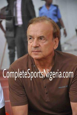 Rohr Rules Out Ezenwa For Algeria Clash; Akpeyi Favoured  To Start