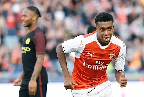 Arsenal Legend, Wright: Chamberlain Can't Bench Iwobi