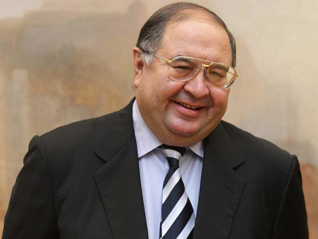 Russian billionaire Alisher Usmanov makes bid to buy Arsenal