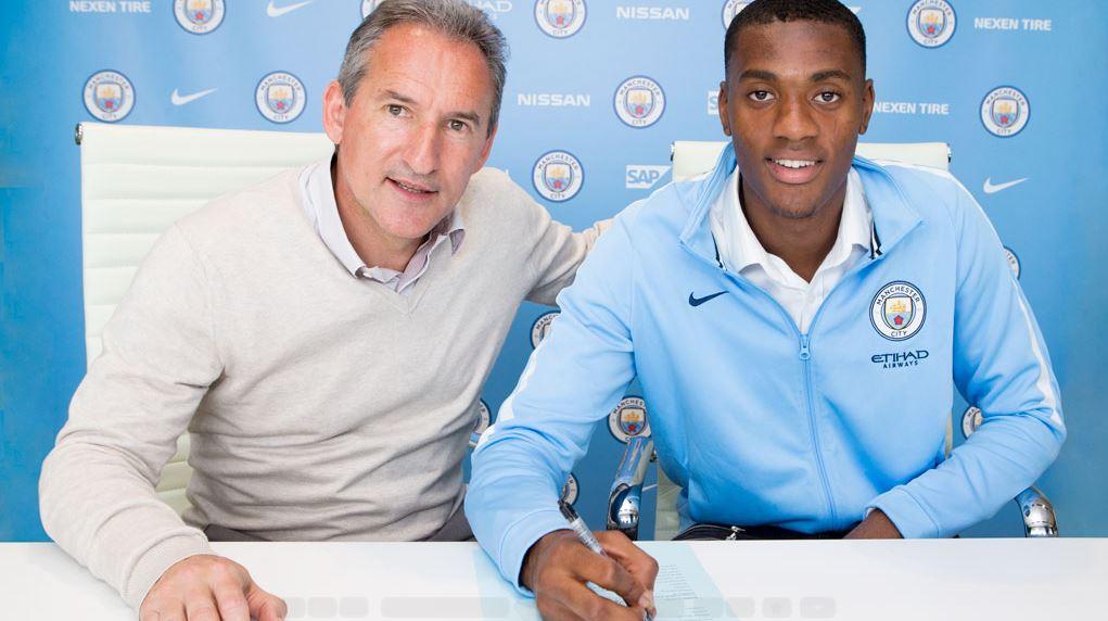 Nigerian-Born Defender Adarabioyo Extends Man City Contract