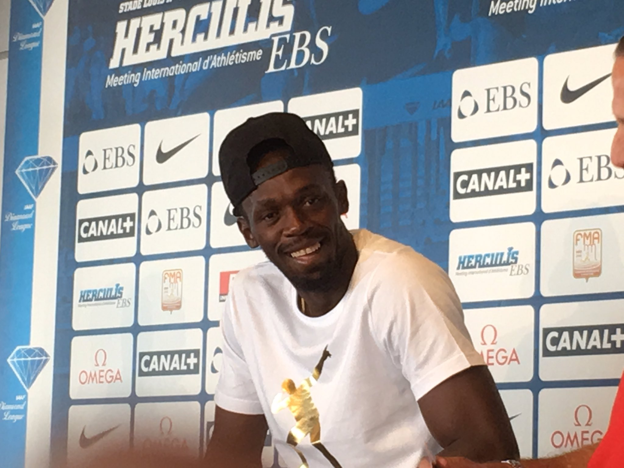 Usain Bolt to run 100m and 4x100m at World Championships