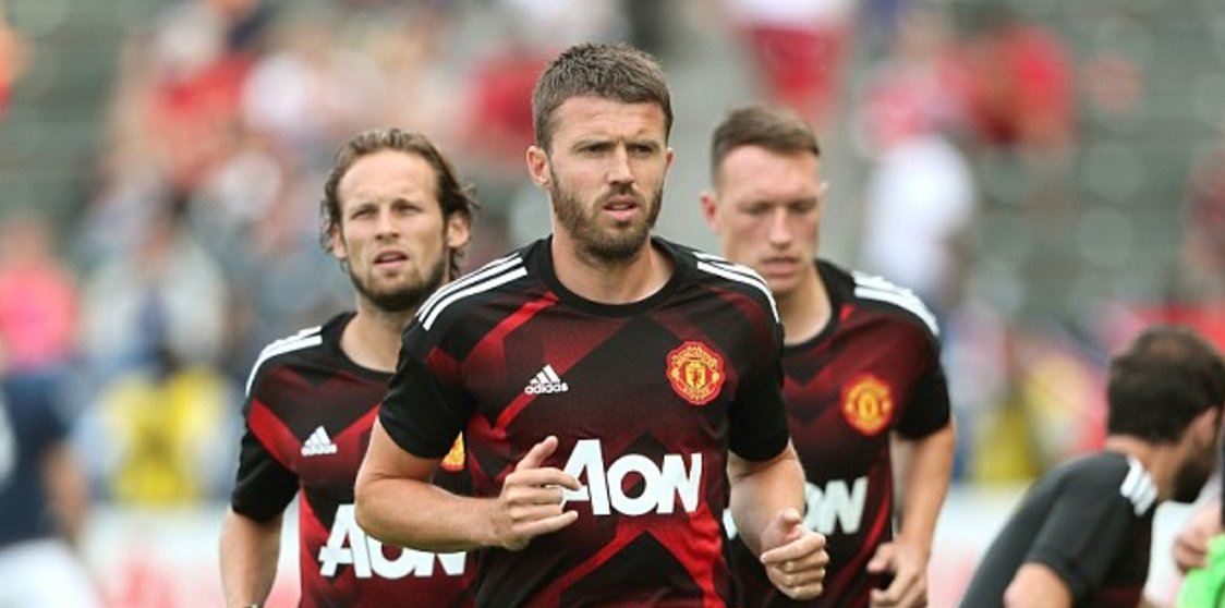 Carrick: Man United Must Win 2017/2018 EPL Title
