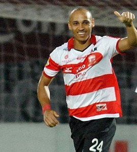 Odemwingie Extends Hot Goals Streak As Madura United Go Top