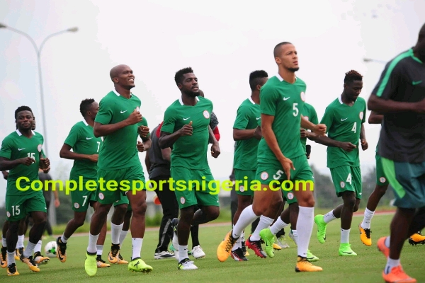 Governor Udom visits Super Eagles, Pledges $10000 for every Goal