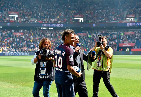 Neymar Finally Cleared To Make PSG Debut