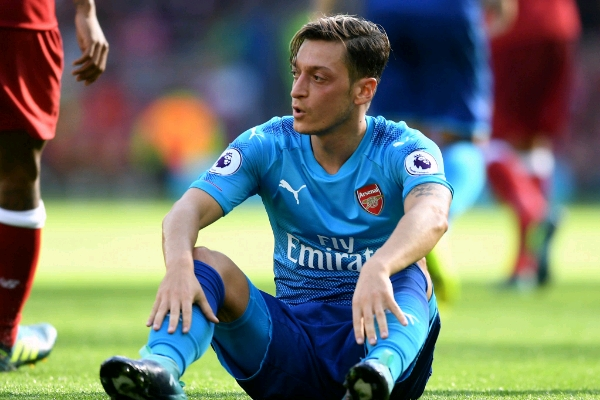 Ozil Begs Arsenal Fans After Liverpool Disgrace, Vows To ...