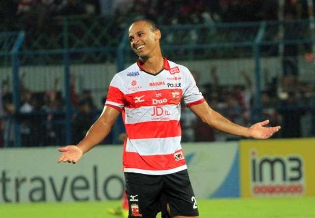 Madura United: Madura United Coach: We Can Win Without Injured Odemwingie