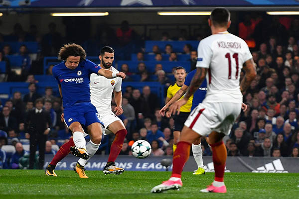 Champions League: Chelsea Escape Roma Shock As Man United, PSG, Bayern, Barca Win