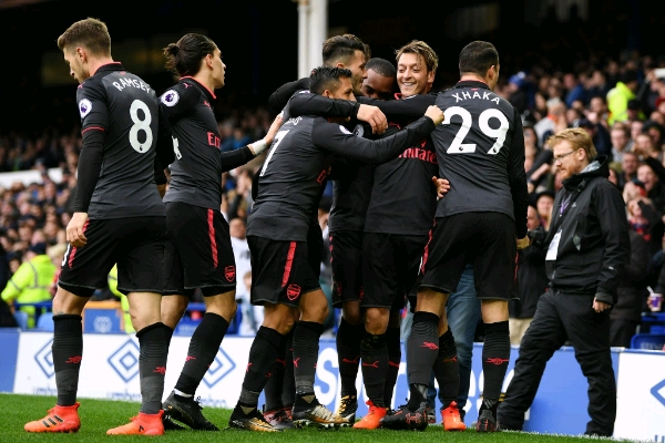 Iwobi Benched As Smooth Arsenal Smash Everton