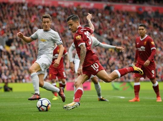 Man United Legend Schmeichel Slams Mourinho Over Tactics