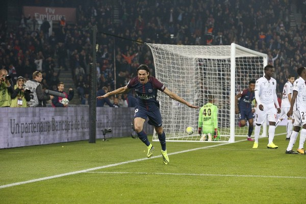 Cavani Bags Brace As 'Neymar-less' PSG Ease Past Nice