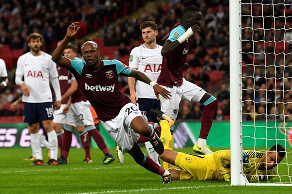 West Ham Stun Tottenham To Advance In Carabao Cup