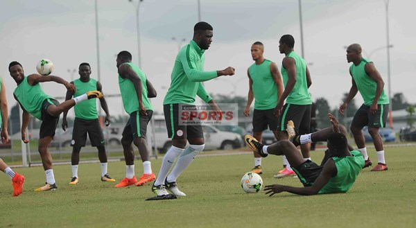 Moses, Iwobi Missing; Ajiboye, Akpeyi Sparkle As 20 Super Eagles Train For Zambia