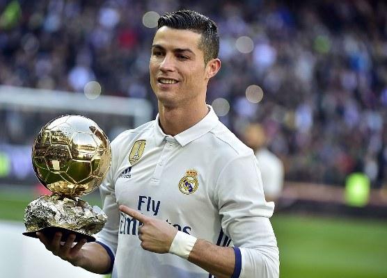 Ronaldo Wins 5th Ballon d'Or, Kante Tops EPL Rankings