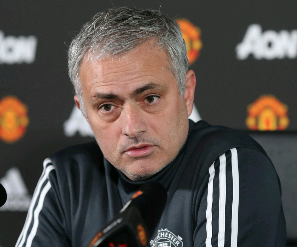 "Mourinho Targets Second FA Cup, Dismisses ""Garbage"" Quit Reports, Welcomes Back Fellaini"