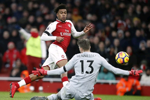 Arsenal To Offer Alex Iwobi A New Long-Term Deal