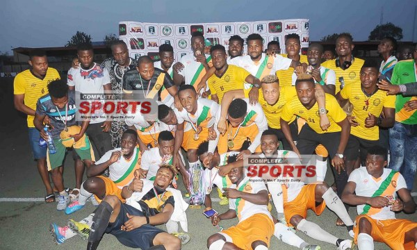 CHAMPIONS: Go Round Edge Heartland To Win NNL Super Four Trophy