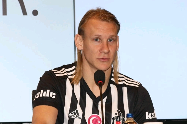 Croatia Star Vida Joins Besiktas From Dynamo Kyiv