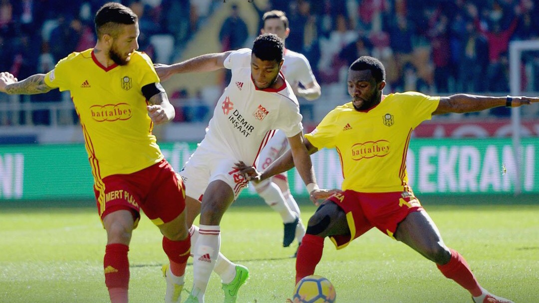 Azubuike Helps Malatyaspor Beat Sivasspor On Robinho's Debut