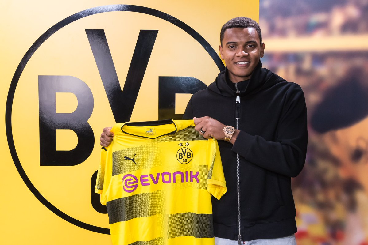 Akanji Shuns Manchester United To Sign €21.5m Deal With Borussia Dortmund