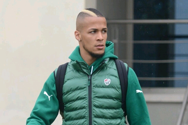 Troost-Ekong Sent Off As Galatasaray Extend Bursaspor's Winless Streak