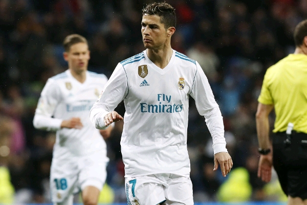 Napoli President:  We Avoided  Ronaldo Signing Due To Bankruptcy Risk