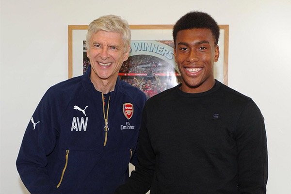 Arsenal announce Wenger's departure