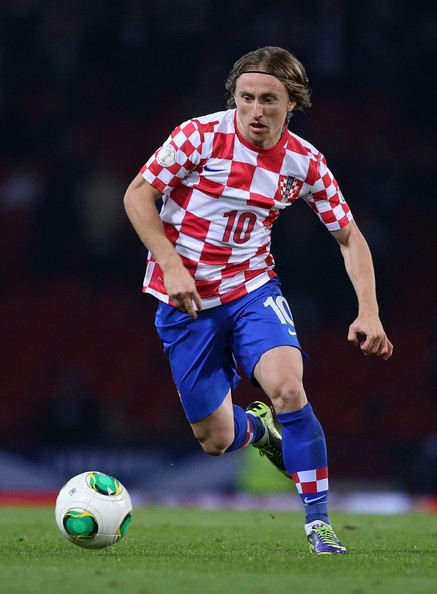 "<strong class=""sp-player-number"">10</strong> Luka Modrić"