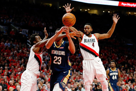 Pelicans paste Blazers for 3-0 lead