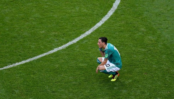 Ozil Clashes With Germany Fans After Shock World Cup Ouster